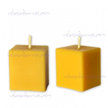 Cubo de 6 x 5 cm. cera natural